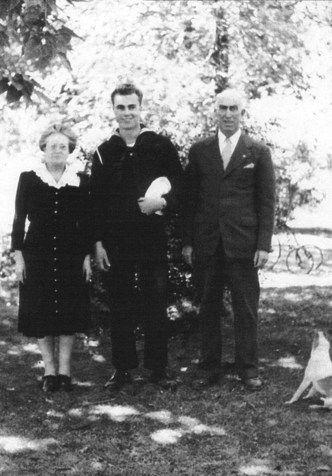 JN,Elizabeth,&Calvin Hutchings