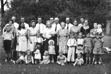 Joseph & Lizzy Hutchings Family